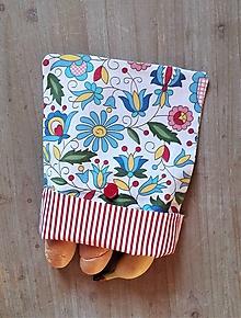 Úžitkový textil - Desiatové vrecúško dvojvrstvové na gombík _  svieži folk a pásik - 11545127_