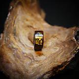 Prstene - Drevený prsteň: Na lúke - 11545058_