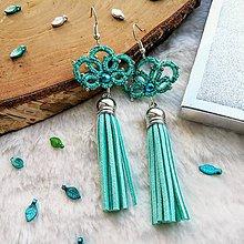 Náušnice - Náušnice so strapcom zelené - 11546172_