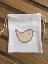 Úžitkový textil - vrecúško s vtáčikom.. - 11544797_