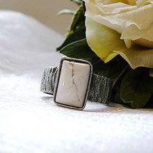 Prstene - Prsteň s howlitom §CAROLA§ - 11550734_