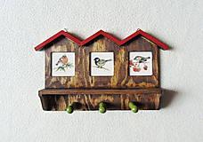 Nábytok - Vešiak na kľúče Vtáčie domčeky - 11550043_
