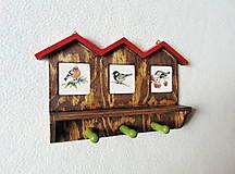 Nábytok - Vešiak na kľúče Vtáčie domčeky - 11550055_