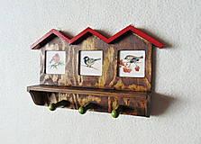 Nábytok - Vešiak na kľúče Vtáčie domčeky - 11550058_