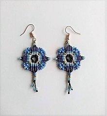 Náušnice - Pestré štvorcové makramé náušnice (Štvorcové modré) - 11548541_