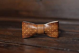Doplnky - Kožený motýlik bodkovaný antique - 11553045_