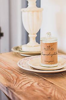 """Svietidlá a sviečky - Sójová sviečka """"Šampanské s jahodami"""" - 11553926_"""
