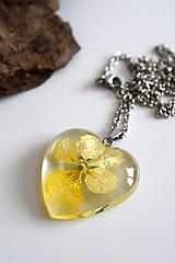 Náhrdelníky - Náhrdelník Sirôtka žltá srdce (2722 B CHO) - 11555940_