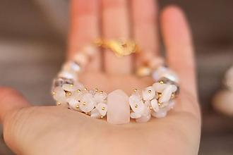 Náramky - Bohemian náramok mesačný kameň, perla, krištáľ, slnečný kameň - 11556317_