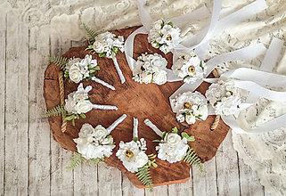 Pierka - Biele náramky pre družičky - 11559325_