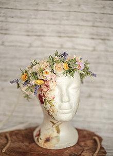 Ozdoby do vlasov - Jarný kvetinový boho venček - 11559434_