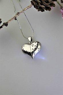 Náhrdelníky - srdiečko valentínske prívesok - strieborné srdiečko s retiazkou - 11561744_
