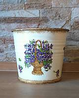 Nádoby - Kvetináč - Fialky v košíku - 11565052_