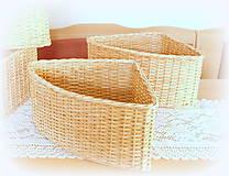 Košíky - Košík rohový v prírodnej hnedej farbe - 11563859_
