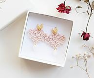 Náušnice - Náušnice s čipkou a perličkou. Staroružové - 11567343_