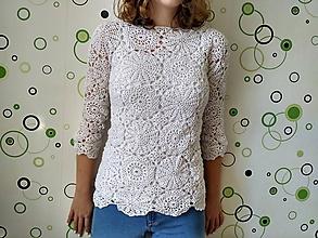 Topy - Háčkovaný biely top - 11567112_