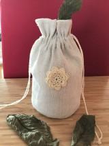 Úžitkový textil - Vrecúško na bylinky z ručne tkaného ľanu - 11565671_