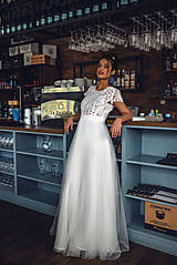 Šaty - Svadobné šaty z krajky v geometrickom motíve a tylovou sukňou - 11565651_