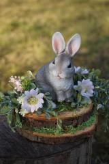 Dekorácie - Sivý zajačik - 11567560_