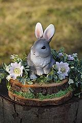 Dekorácie - Sivý zajačik - 11567586_