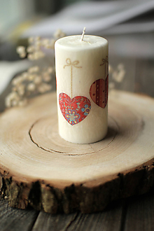 Svietidlá a sviečky - Sviečka so srdiečkami - 11572906_