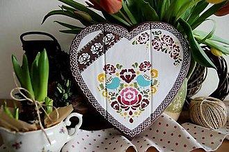 Tabuľky - Srdiečko folklórne vtáčik farebné - 11569069_
