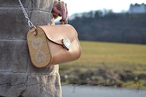 Kožená kabelka Zuzička (Béžová - prírodná hladenica)
