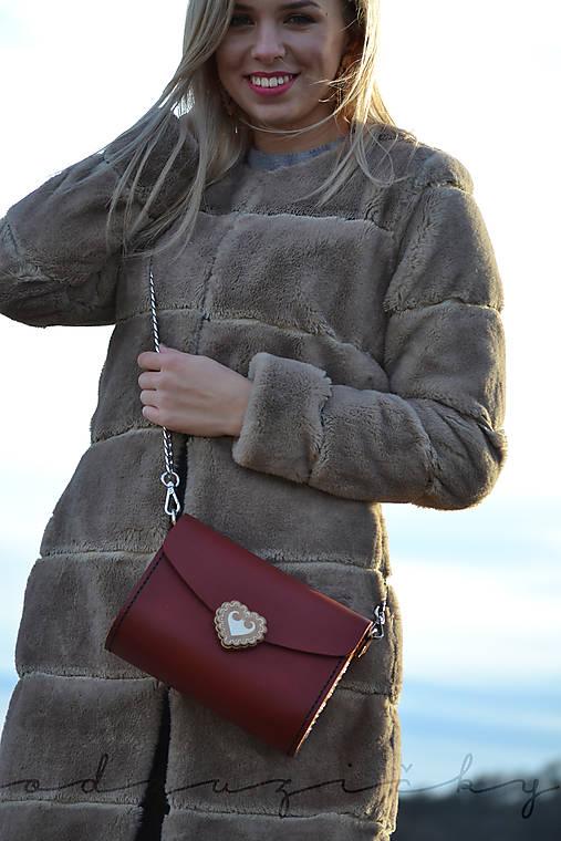 Kožená kabelka Zuzička (Bordová pigmentovaná koža)