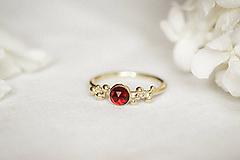 Prstene - Zlatý prsteň s granátom - Bokeh Gold Garnet - 11574388_