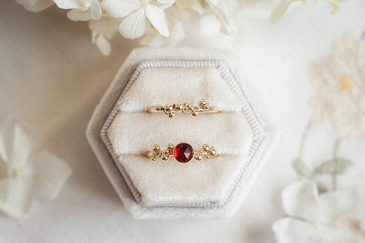 Zlatý prsteň s granátom - Bokeh Gold Garnet