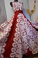 """Šaty - FLORAL FOLK """"Red & White"""", spoločenské dlhé šaty (biely podklad + červený ornament nový vzor !) - 11573724_"""