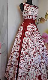 """Šaty - FLORAL FOLK """"Red & White"""", spoločenské dlhé šaty (biely podklad + červený ornament nový vzor !) - 11573731_"""