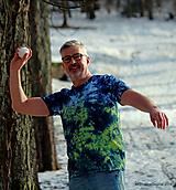 Tričká - Pánske tričko batikované, maľované ZA ÚSVITU - 11573783_