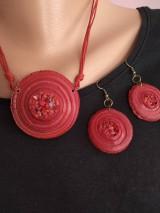 Náhrdelníky - Červený náhrdelník - 11575182_