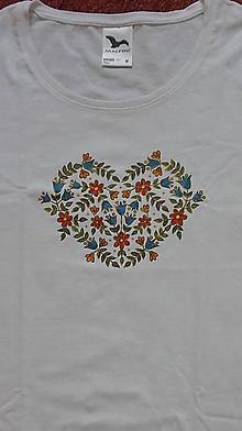 Tričká - Tričko Srdce z kvetov - 11574753_