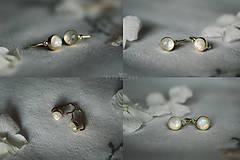 Náušnice - Detské zlaté náušnice s mesačným kameňom - MALÁláska - 11578396_