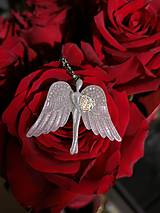 Iné šperky - Ochranný anjelik do auta - 11577457_