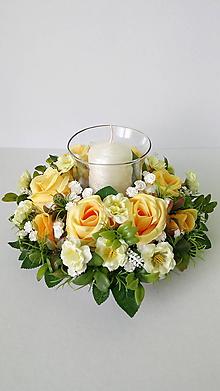 Dekorácie - Romanticky svietnik s ruzami - 11579722_