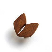 Šperky - Drevené manžetové gombíky - hruškové kúsky (nerez) - 11580004_
