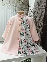 Kabáty - Jarný kabátik pre dievča - 11583747_