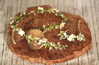 Ozdoby do vlasov - Set kvetinový pletenec a vlásenky vhodný na svadbu alebo 1. sv. prijímanie - 11584271_