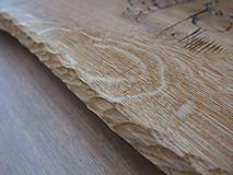 Pomôcky - Rustikálna dubová doska na štýlové servírovanie s rezbou 2 - 11585124_
