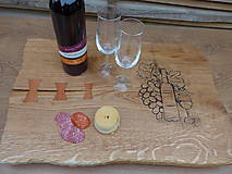 Pomôcky - Rustikálna dubová doska na štýlové servírovanie s rezbou 2 - 11585128_