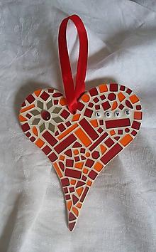 Dekorácie - srdiečko s mozaikou - 11585919_