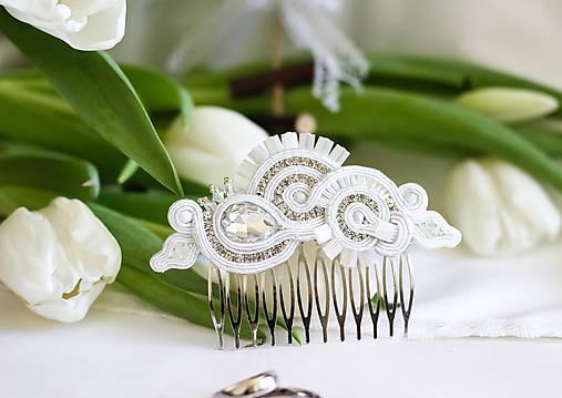Svadobný šujtášový hrebienok do vlasov Valentína