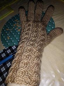 Rukavice - Ručne pletené rukavice osmičkové - 11589378_