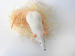 Dekorácie - Háčkovaný potkan Karol - 11587859_
