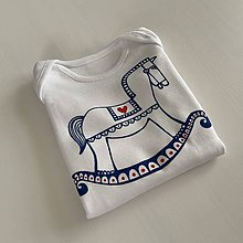 Detské oblečenie - Maľované ľudovoladený maľovaný koník na (body (hojdací koník)) - 11590532_