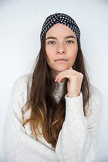 Čiapky - Dámska čelenka s kohútim vzorom - 11588395_
