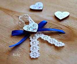 Pierka - Svadobné pierka pre rodičov a svedkov modrá, farebné srdiečka - 11593731_